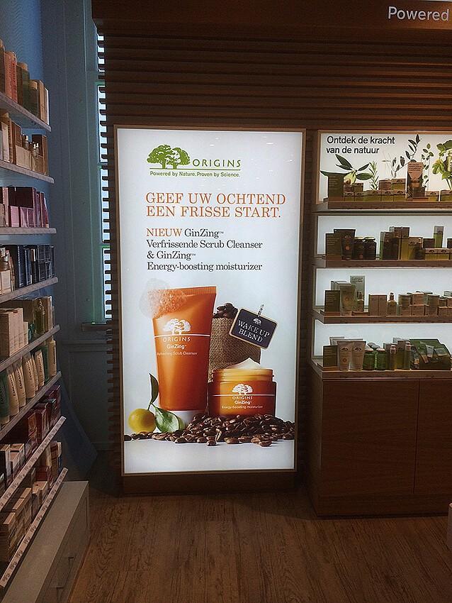 retail visuals - dia-lichtbak-winkeldecoratie-signing