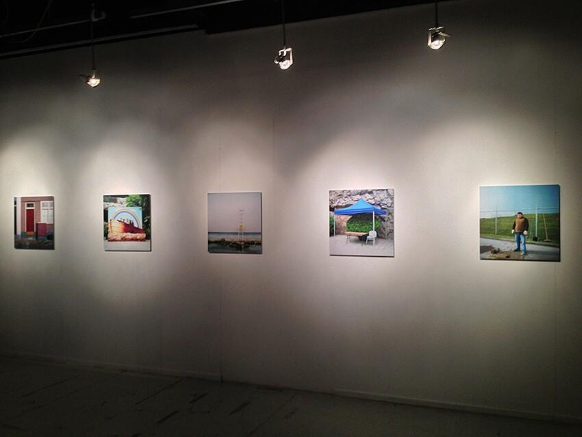 foto en expositie - print op dibond - tentoonstelling - interieur - print op plexiglas
