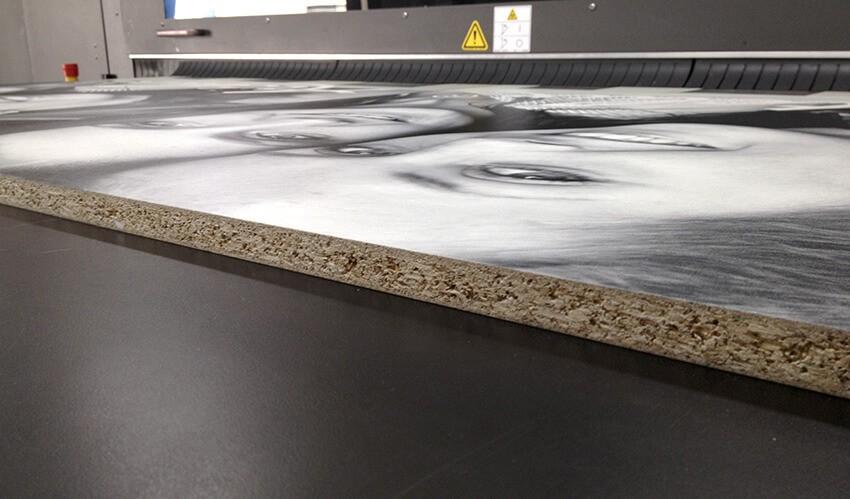 print op hout-print op plaatmateriaal-print op natuurlijk materiaal-hout print