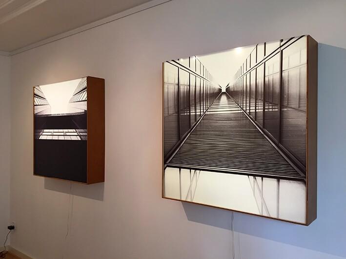 lichtbak - expositie Bruno Slagboom - print op plexiglas - verlichte reclame
